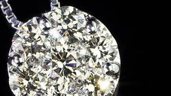 プラチナ合計0.70ctダイヤモンドネックレス 上面(俯瞰)