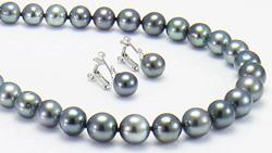 タヒチ産8~10mm南洋黒真珠ネックレス&イヤリング 全体を表示し回転