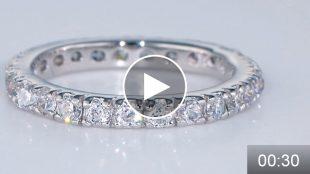ミニコース動画サンプル フルエタニティリングの輝きをご覧ください。  輝くダイヤモンドの撮影はグリーンベーダーの撮影サービス「フォトスタジオIS」まで。