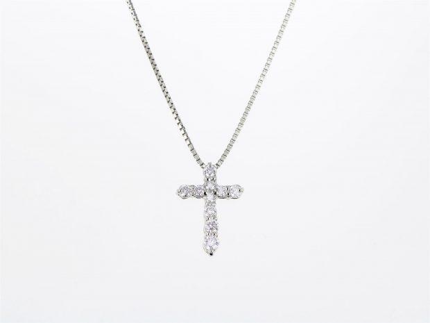 ダイヤモンドクロスプラチナペンダント(ネックレス) 正面