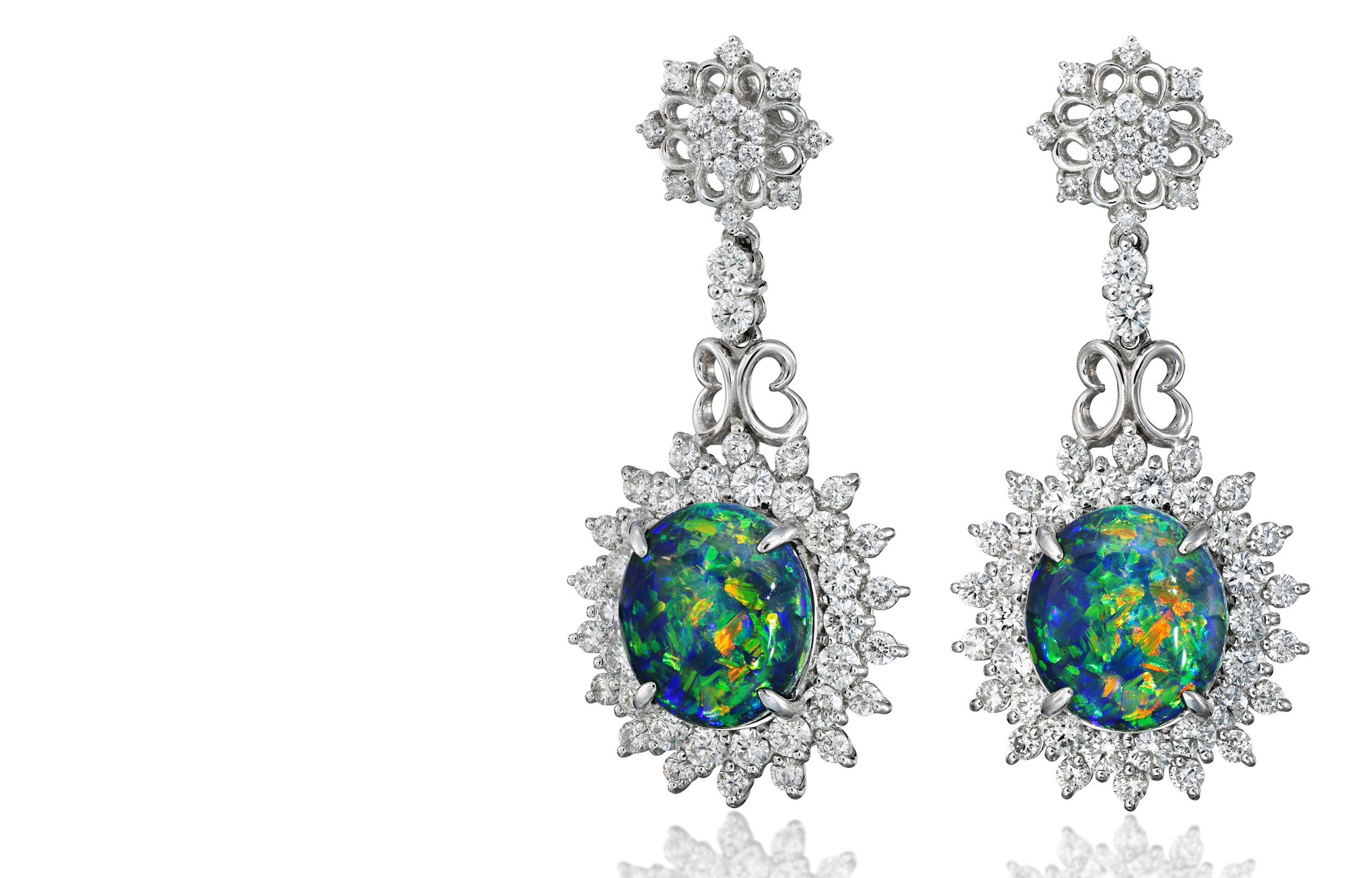 Opal_Diamond_Pierced_Earrings_Photo_Stuido_IS_Greenvader_toppage_image