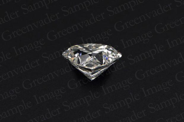 ハートカット ダイヤモンドルース 斜め上方向 黒背景 撮影実績写真サンプル-PhotoStudioIS