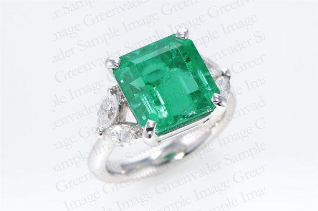 4.87ct 宝石エメラルド ダイヤモンドプラチナリング 斜め上方向 撮影実績写真サンプル-PhotoStudioIS