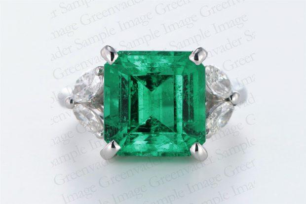 4.87ct 宝石エメラルド ダイヤモンドプラチナリング 正面  撮影実績写真サンプル-PhotoStudioIS