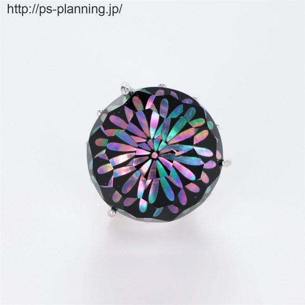 水晶螺鈿 夜空に爆ぜる花火をイメージしたピンズ 正面